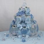 Un regalo per la futura mamma: la torta di pannolini